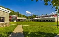 Green Chimeys School