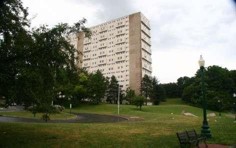 Rip Van Winkle Apartments